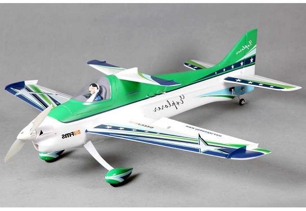 Радиоуправляемый самолет FMS F3A 1100 мм PnP (акк, серво, регулятор, мотор)