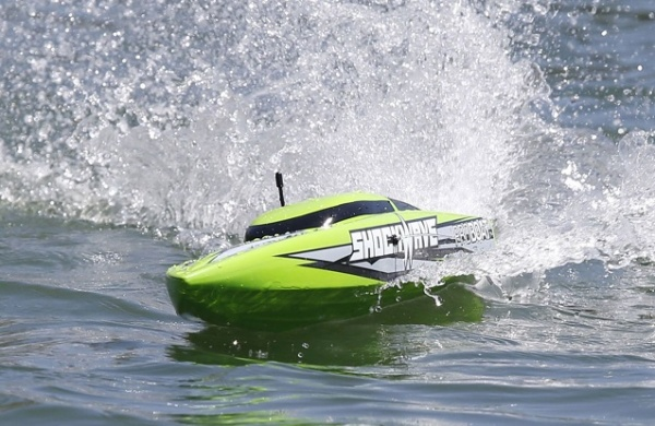 ���������������� ����� Proboat Shockwave 26 Brushless Deep-V RTR