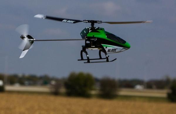 Радиоуправляемый вертолет Blade 120 S с технологией SAFE RTF
