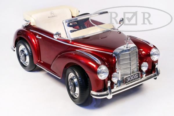 Электромобиль Rivertoys Mercedes-Benz 300S (Лицензионная модель) красный металлик