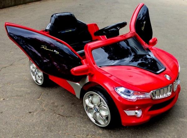 Электромобиль Rivertoys BMW O002OO VIP с дистанционным управлением, красный