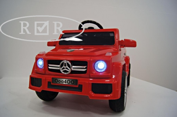 Электромобиль Rivertoys Mers O004OO VIP с дистанционным управлением. красный