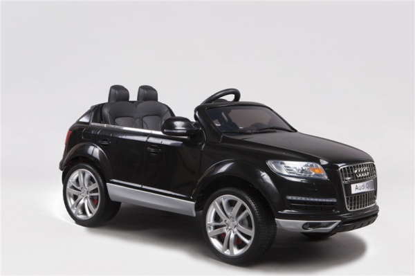 Электромобиль Rivertoys AUDI Q7 (ЛИЦЕНЗИЯ) с дистанционным управлением, черный