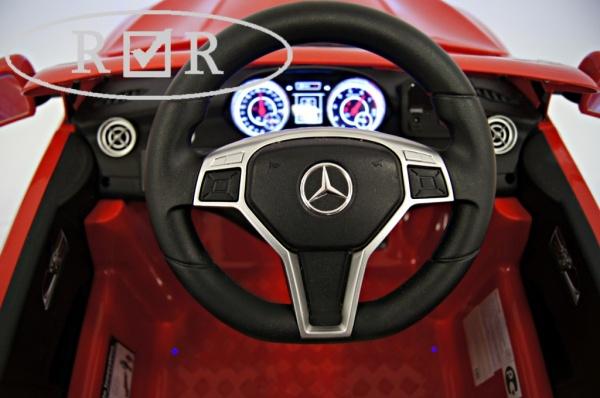 Электромобиль Rivertoys Mercedes-Benz CLA45 A777AA (ЛИЦЕНЗИЯ) с дистанционным управлением, красный