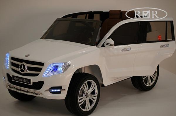 Электромобиль Rivertoys Mercedes-Benz GLK300 (ЛИЦЕНЗИЯ) с дистанционным управлением, белый