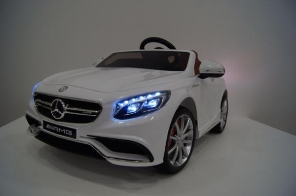 Электромобиль RiverToys Mercedes-Benz S63 (Лицензионная модель) с дистанционным управлением, белый